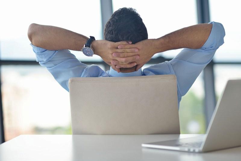 Schorsing werknemer geen onregelmatige opzegging